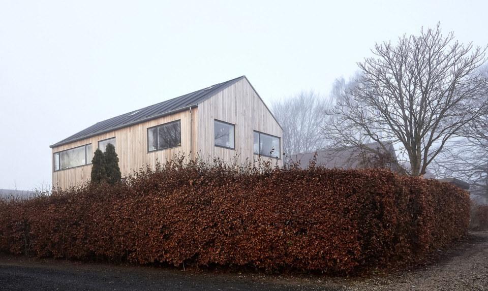 Erik-Nord-Arkitekt-Aarhus-Villa-Harlev-Damkaervej-tilbygning-ombygning-cedertrae-1