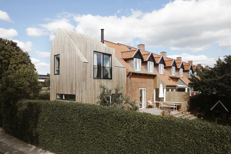 Erik-Nord-Arkitekt-Thyregodsvej-villa-raekkehus-Aarhus-Aabyhoej-ombygning-tilbygning-cedertrae-facade-061